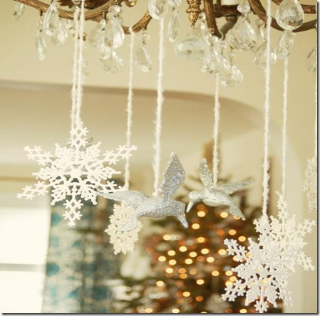 white-christmas-decorations-5-554x738