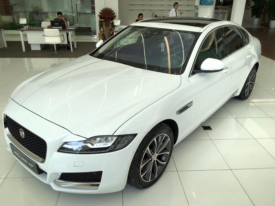 XE JAGUAR XF NEW MODEL 04
