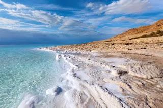 Biển Chết là điểm du lịch nổi tiếng thế giới.