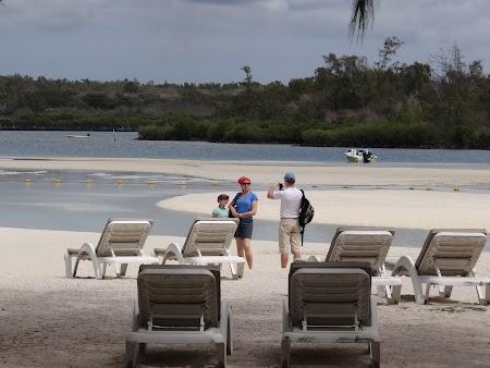 Sezlonguri pe plaja Mauritius