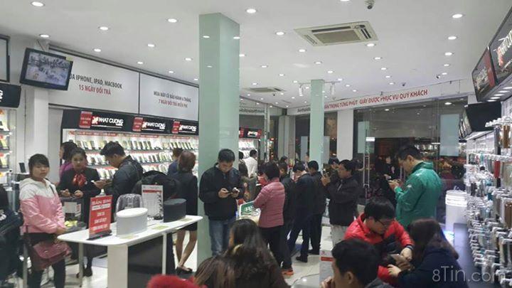 Tất cả khách hàng mua iPhone tại Nhật Cường ngày hôm nay