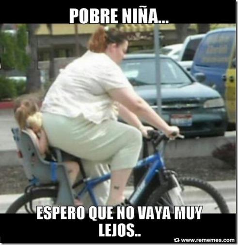 gorda en bicicleta