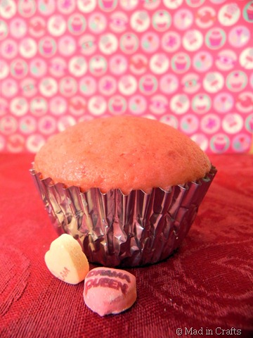 baked pop cupcake