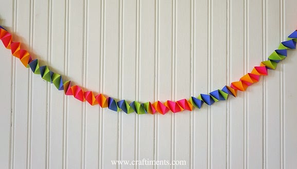 Craftiments Accordion Fold Streamers 7