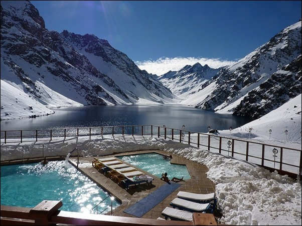 Portillo-Ski-Resort-outdoor-pool-02
