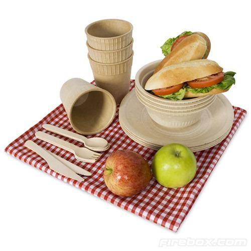 Edible tableware for camping