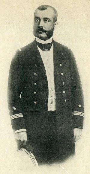 D. Antonio Pérez Rendón, comandante de la cañonera de 3ª clase LIGERA. Foto de la revista EL MUNDO NAVAL ILUSTRADO. Año 1898.JPG