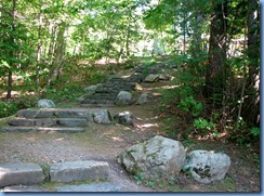 6805 Quebec - Gatineau Park - Mackenzie King Estate - Kingswood - steps back up from Kingsmere Lake
