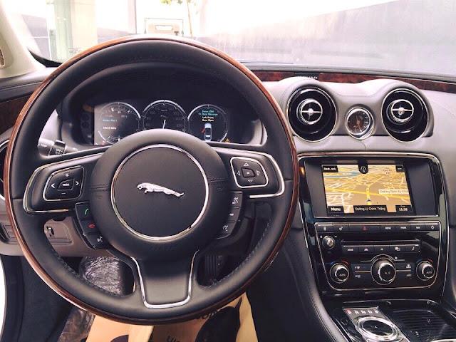 Nội thất xe Jaguar XJL Premium Luxury LWB 010