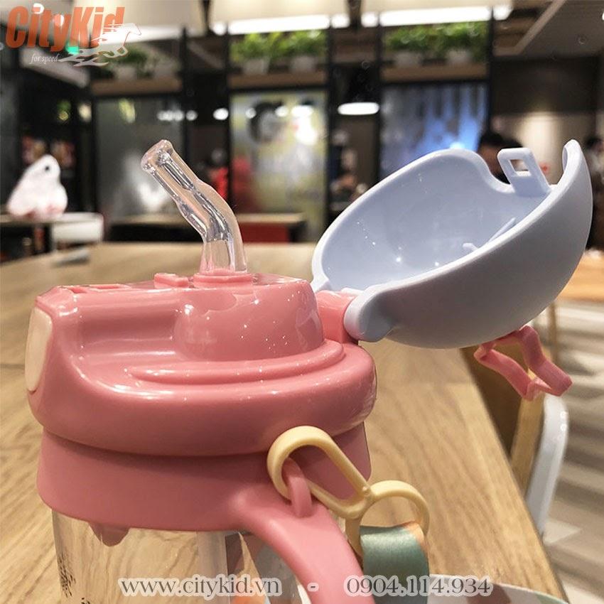 Bình uống nước cho trẻ sơ sinh