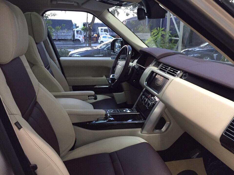 Nội thất xe Land Rover Range Rover SV Autobiograp 03