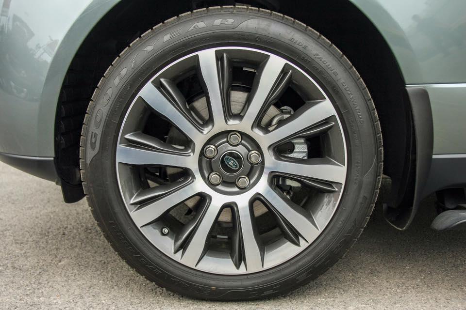 Xe Range Rover Vogue 06