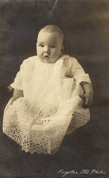 Postcard Cyko 1904 to 1920 Clarence Petersin Ellas boy  ML Antiques Erhard