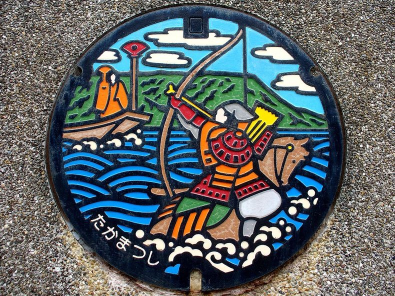 japan-manhole-covers-17