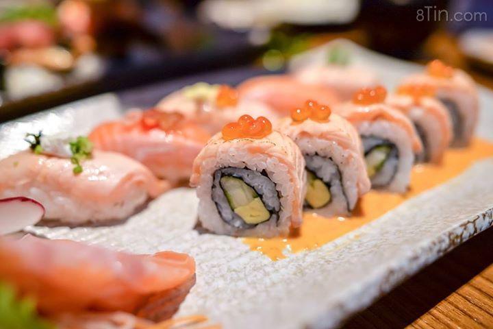 Sushi là một món ăn tiêu biểu của nền ẩm thực Nhật