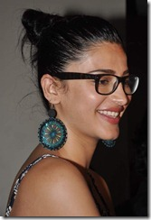 Shruthi Hassan Latest Hot Photos, Shruthi Hassan New Hot 2013