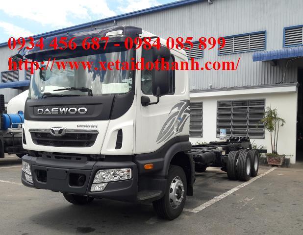 Xe Daewoo 15 tấn chân rút