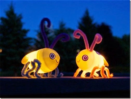 LOVE tihs super cute and easy to make Firefly Bug craft for kid that actually lights up!