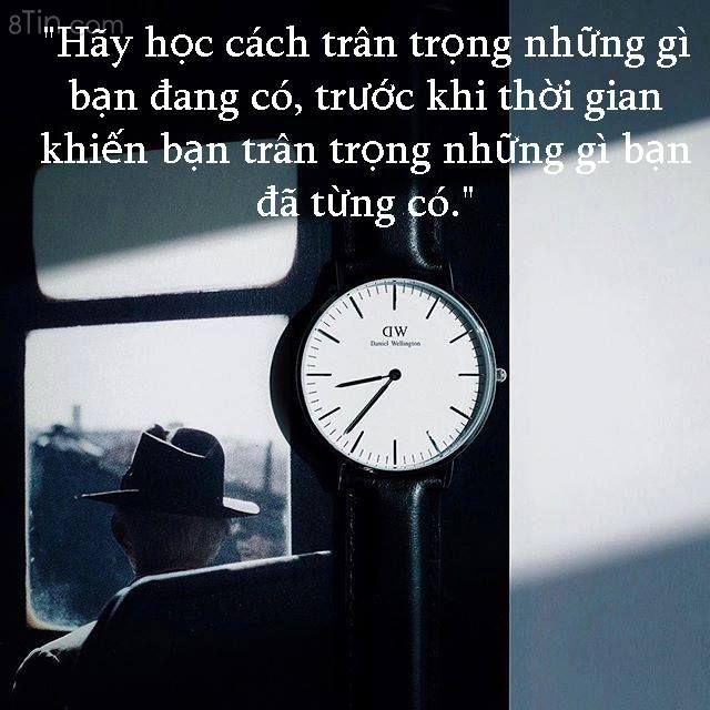 """""""Thời gian luôn luôn là một điều đáng sợ. Nó không chỉ"""
