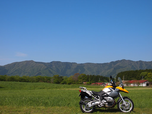 [写真]朝霧高原の牧草地