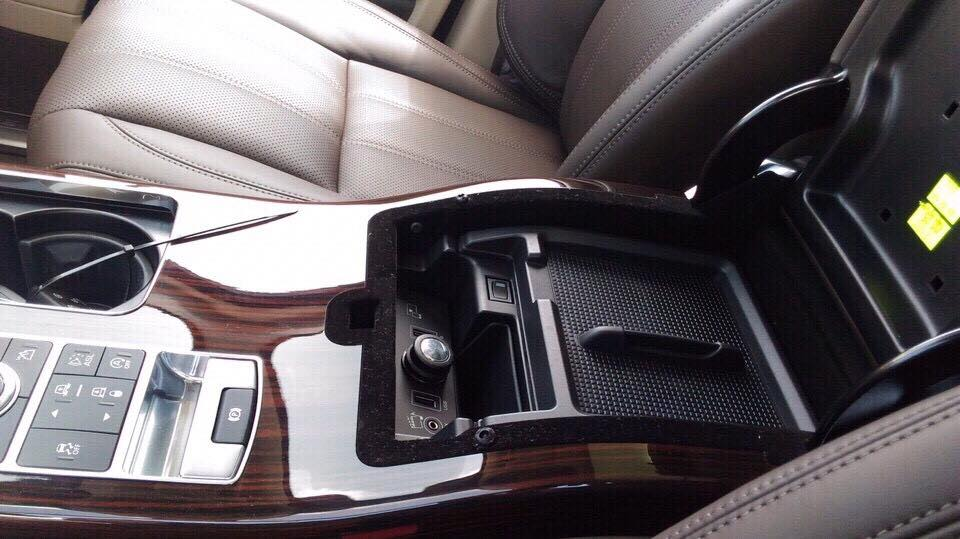 Nội thất xe Range Rover HSE 07