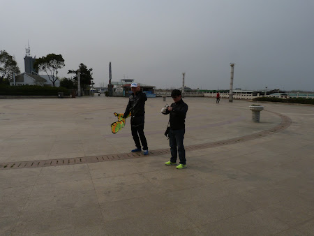 4. Kite runner - Zhenjiang.JPG