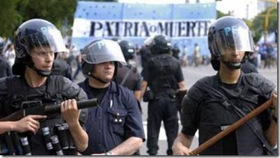 Ο αδίστακτος σιωνιστής τοκογλύφος που προσπαθεί να τσακίσει την Αργεντινή.