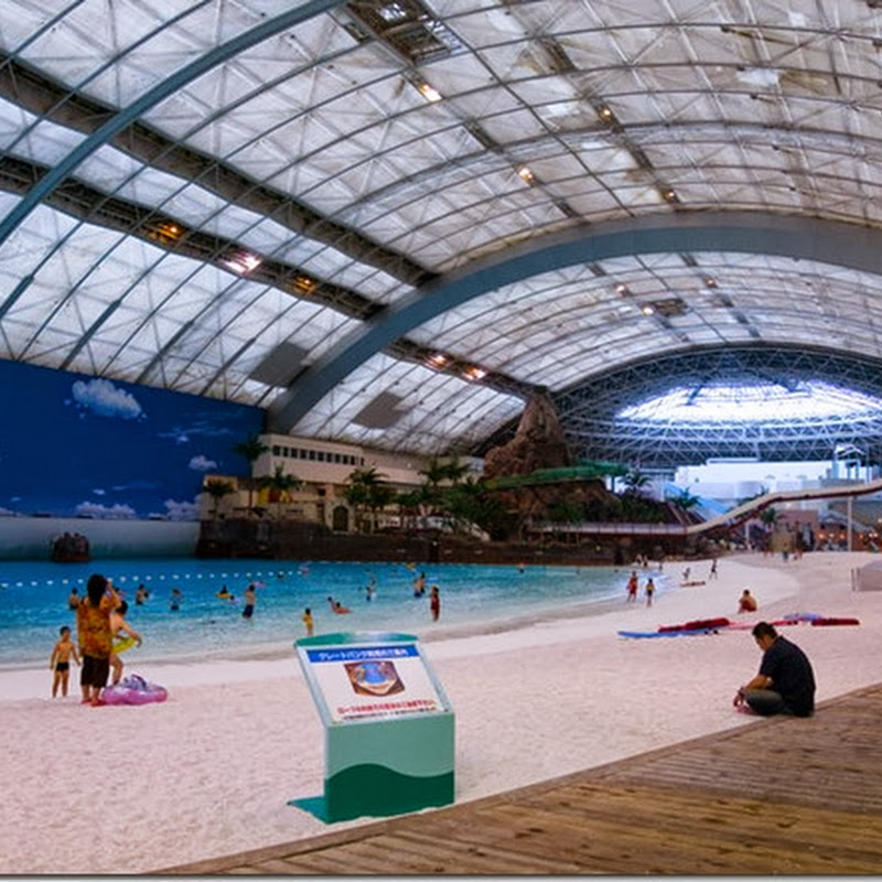 Japans Indoor Man-Made Beach
