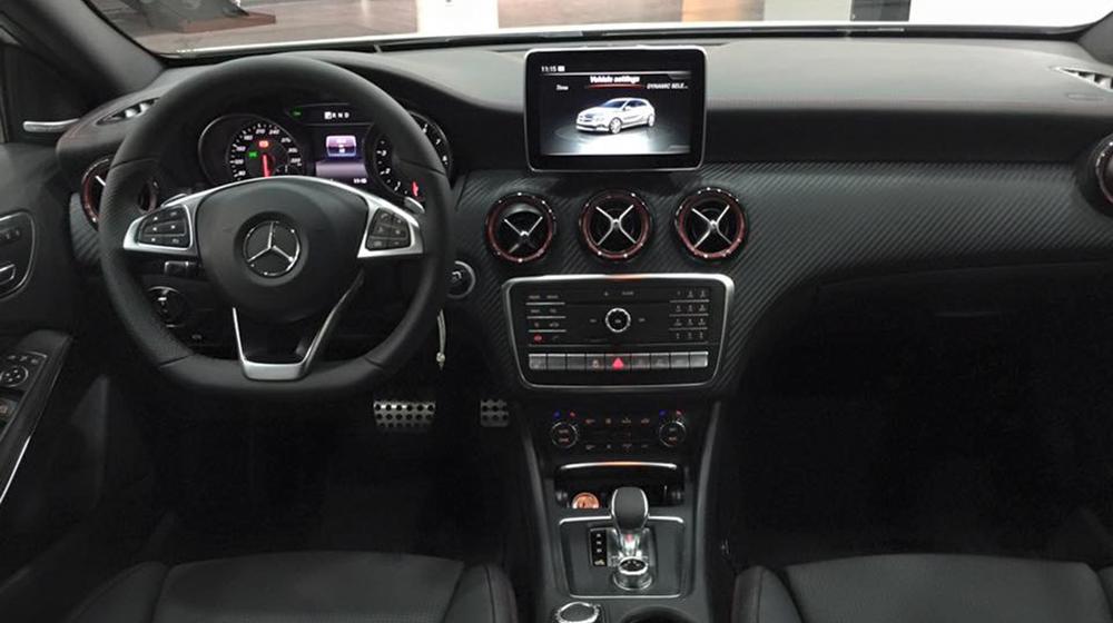 Mercedes Benz A45 AMG thế hệ mới 03