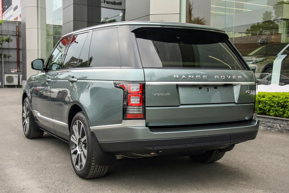 Xe Range Rover Vogue 07
