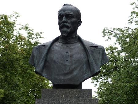 Imagini Belarus: statuia Felix Dzerjinski