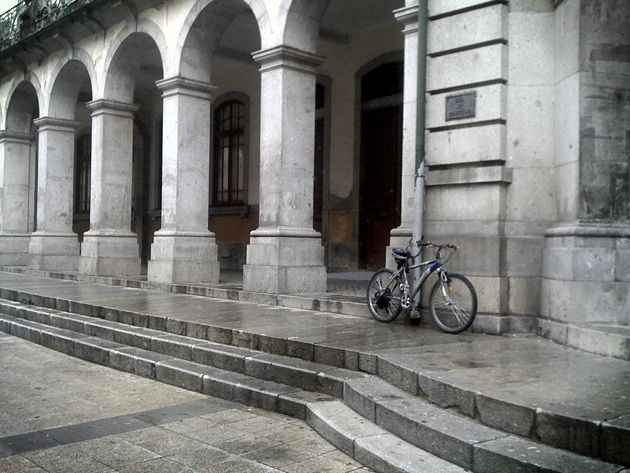 Estacionamento bici 043