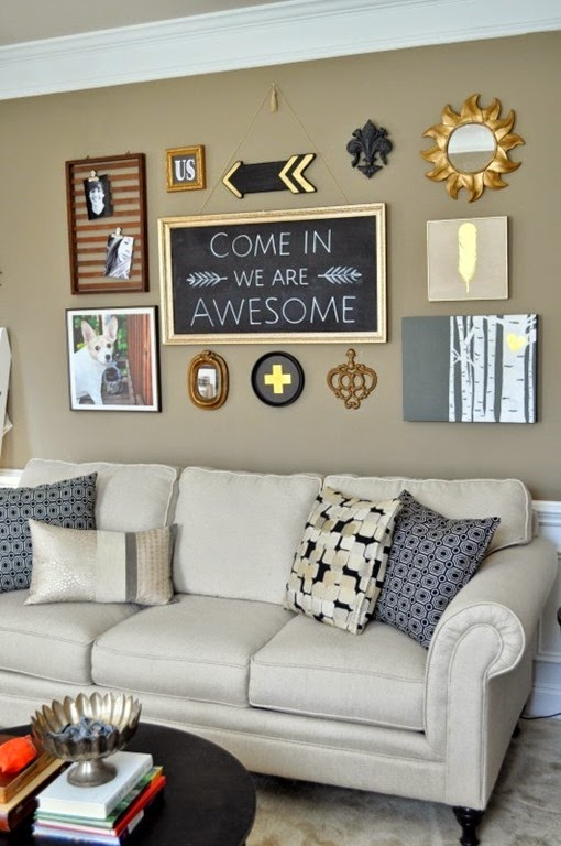 DIY-Living-room-makeover-black-gallery-wall1-531x800