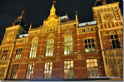 Amsterdam. Central Station. Exterior - DSC_0026