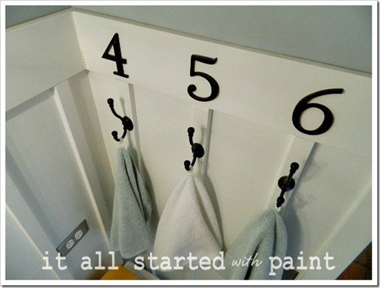 Powder Room Makeover After Numbered Hooks_thumb