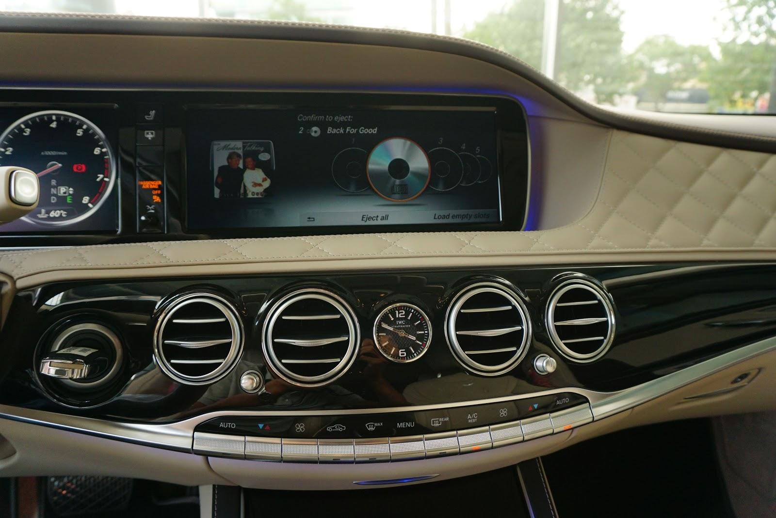 Nội Thất Xe Mercedes Benz S600 MAYBACH Màu Đen 028