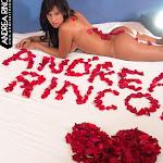 Andrea Rincon, Selena Spice Galeria 48 : Solo Para Ti, Corazon Petalos De Rosa En La Cama – AndreaRincon.com Foto 2