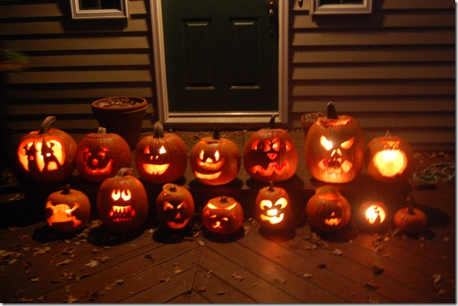 Scenes from Hallowe'en: 2012 Edition-part 2 (Pumpkin Carving)