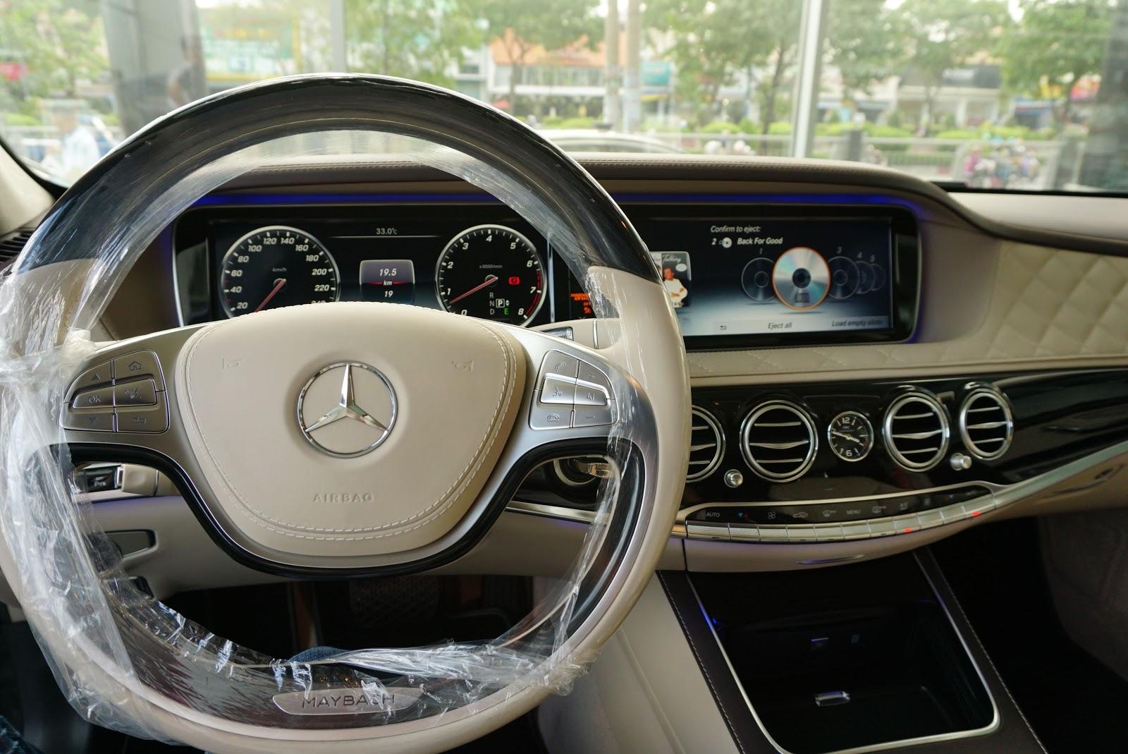 Nội Thất Xe Mercedes Benz S600 MAYBACH Màu Đen 027