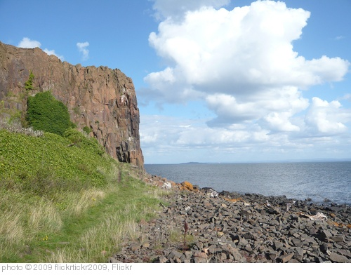 'Aberdour coast' photo (c) 2009, flickrtickr2009 - license: http://creativecommons.org/licenses/by/2.0/