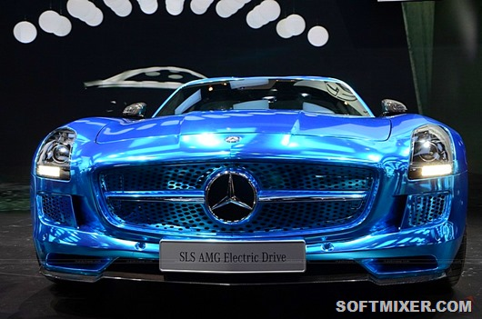 Mercedes-Benz-SLS-AMG-Electric-Drive-00022