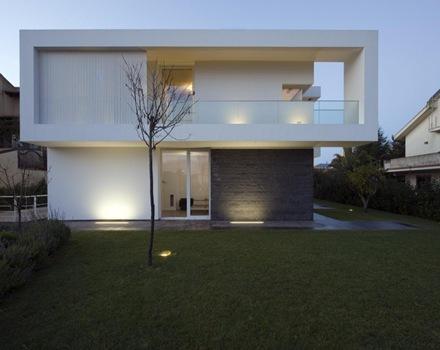 fachada-moderna-casa-villa-pm-architrend-architecture