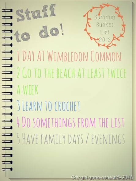 note pad with summer bucket list