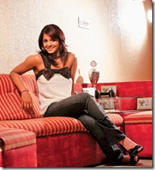 Deepika-pallikal_in_home