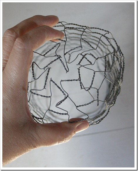 chicken wire light tutorial