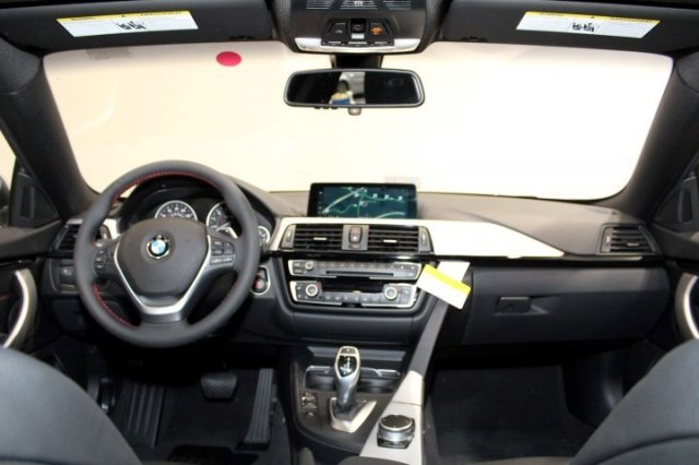 Xe BMW 430i Gran Coupe 03