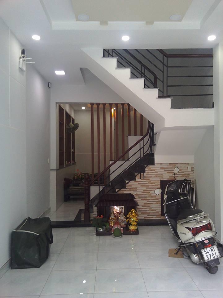 Bán nhà phố Mặt Tiền Quận Tân Phú 0029