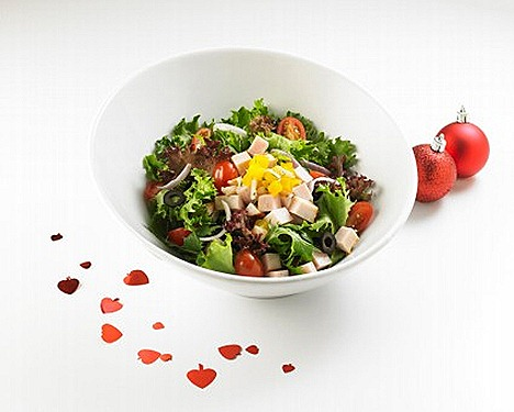 Swensens Turkey and Chicken Ham Salad sumptuous blend of mixed Lettuce, mesclun salad, cherry tomato, black olive, turkey breast, chicken ham, lychee salsa, cranberry vinaigrette