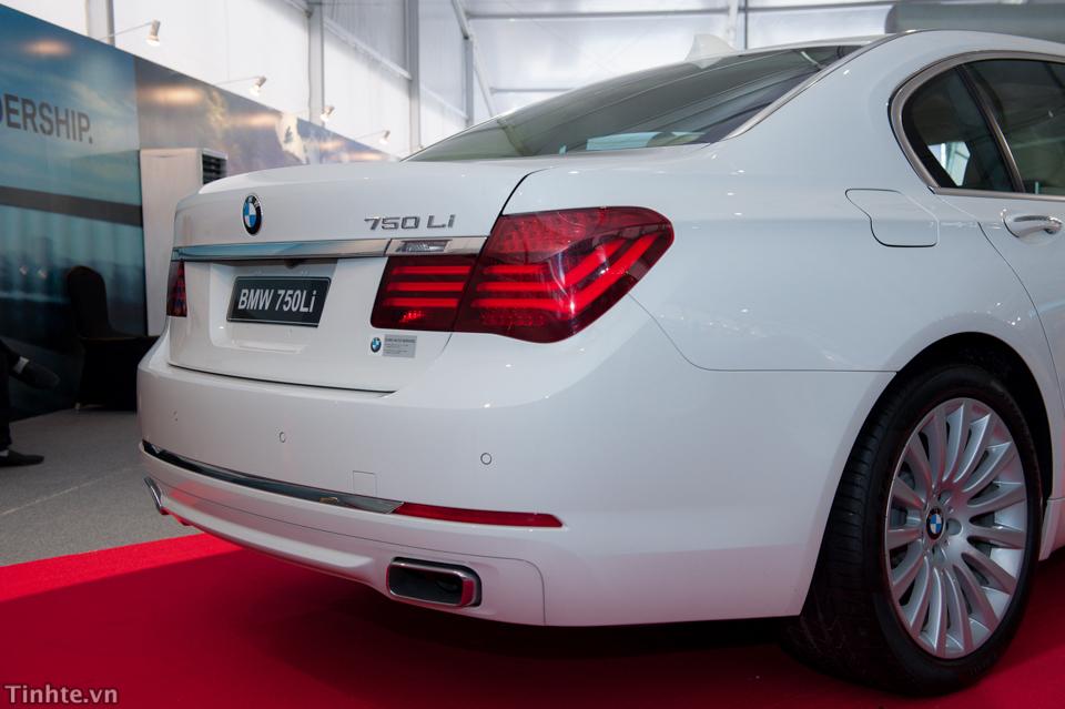 Xe BMW 750Li new model 06
