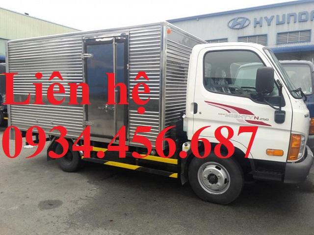 Hyundai N250L thung kin